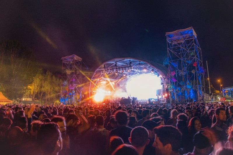 Jak przenieść jeden z największych festiwali Europy do Internetu czyli PolandRockFestival on line